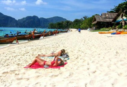 Long Beach, Phi Phi Island