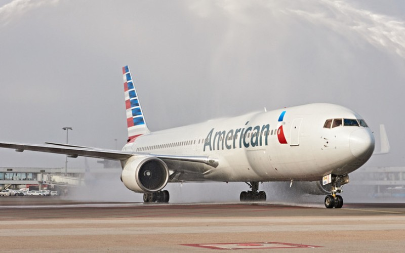 70 American Airlines flights grounded after iPad App Crash
