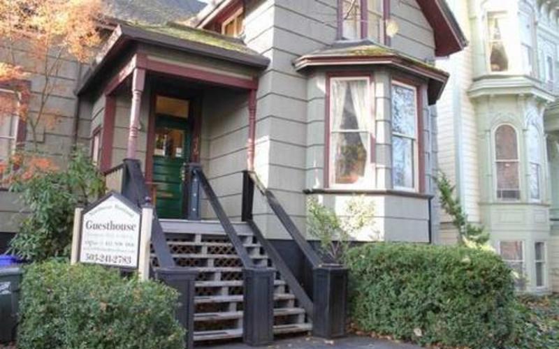 HI - Portland Hostel