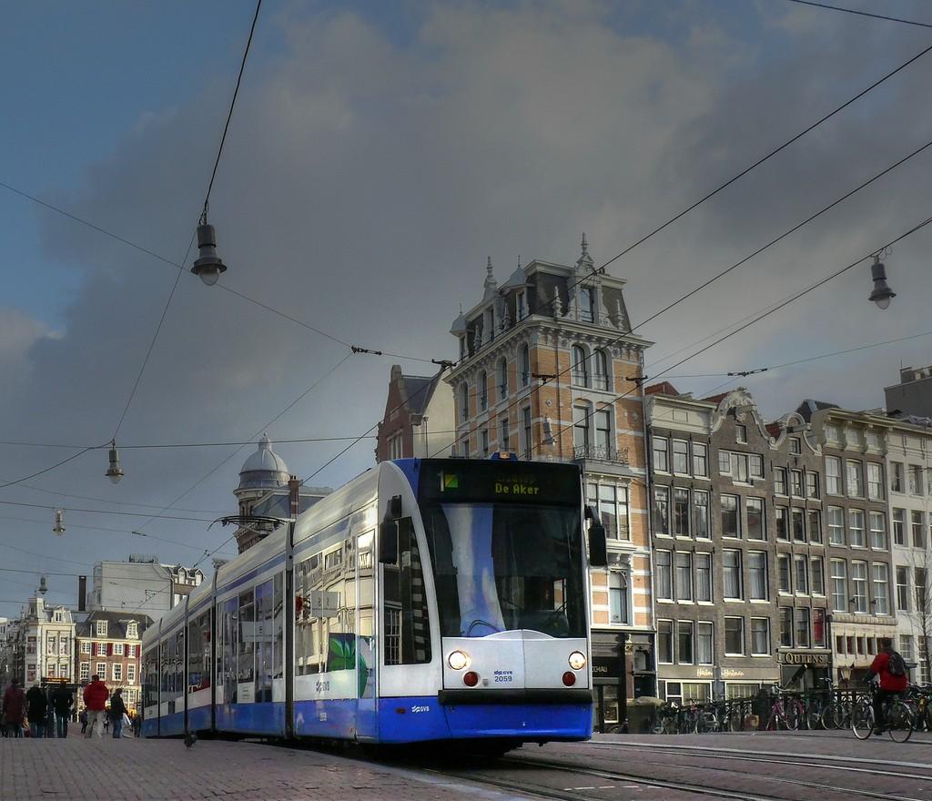 Amsterdam Tram - Photo credit Maurizio Mori