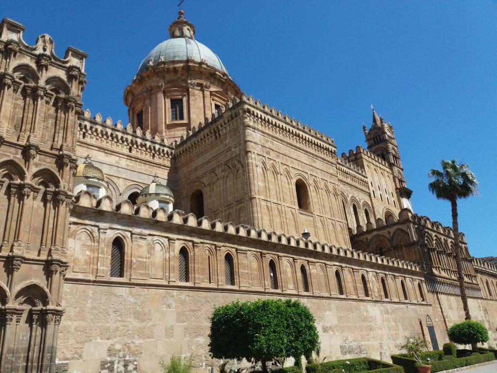 Cattedrale di Palermo gardens