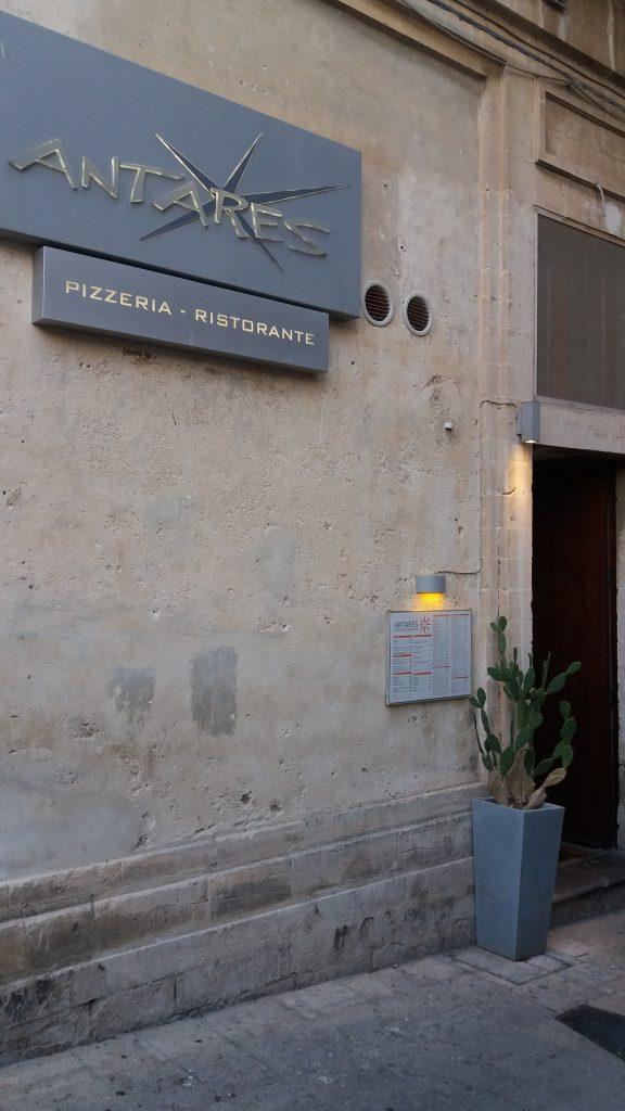 Antares PUB Pizzeria di di Benedetto / Giuseppe